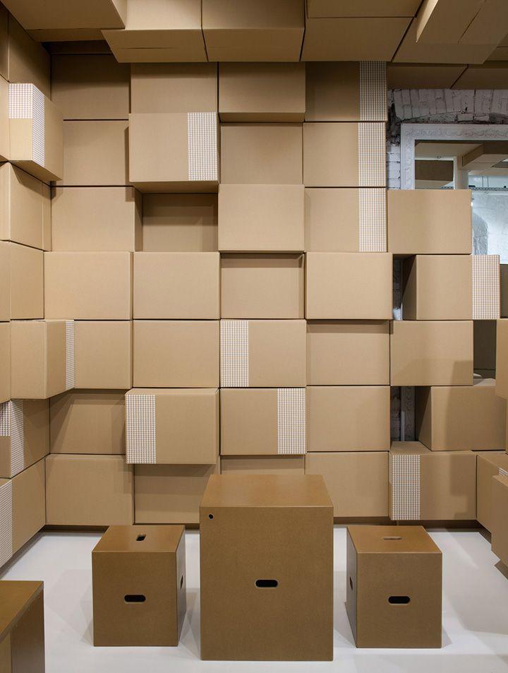 Los mejores dise os de interior de tienda con cart n for Generando diseno muebles