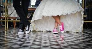 Consigue una boda original y divertida con Cardboard Furniture & Projects.