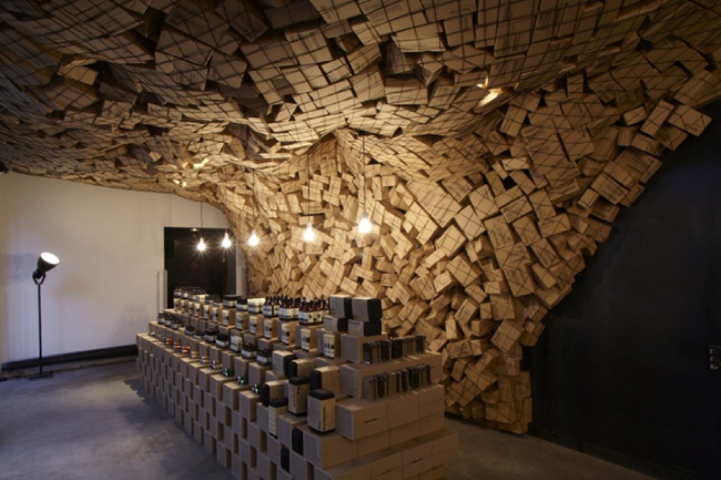 Cardboard-Pop-up-store-cartón-Aesop-Paris-Blog0.1