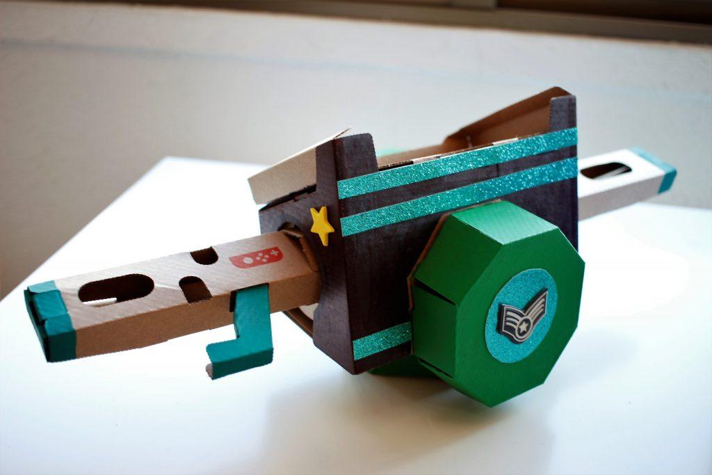 Cardboard-toy-con-jugutes-carton-Nintendo-Labo-personalización-0.2